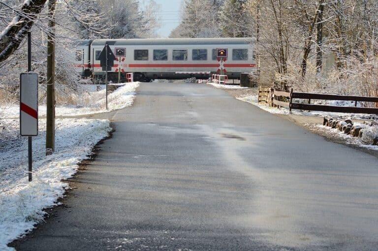 Train 711564 960 720